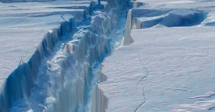 Γιγάντια φαράγγια θαμμένα κάτω από τους πάγους της Ανταρκτικής