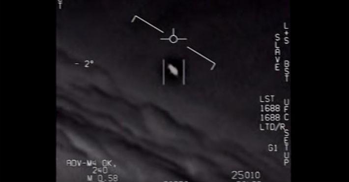 Στη δημοσιότητα τα βίντεο των άγνωστων εναέριων φαινόμενων του Αμερικανικού Ναυτικού (vid)